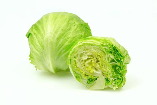 14 types of lettuce - Iceberg lettuce