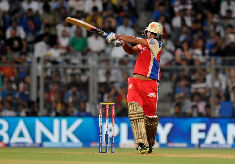 Saurabh Tiwary six to win off the last ball