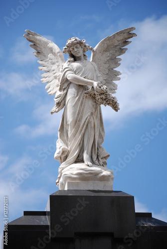 guardian angel statue recoleta