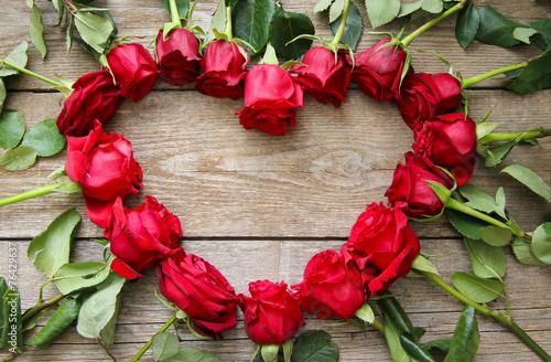 Herz aus Rosen Stockfotos und lizenzfreie Bilder auf