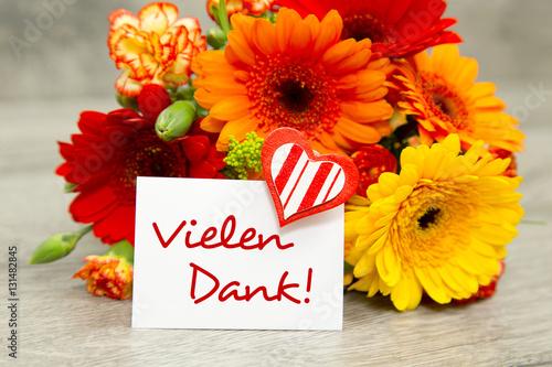 Blumen und Karte Vielen Dank Stockfotos und