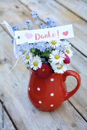 Blumenstrau mit Text  Danke Stockfotos und lizenzfreie