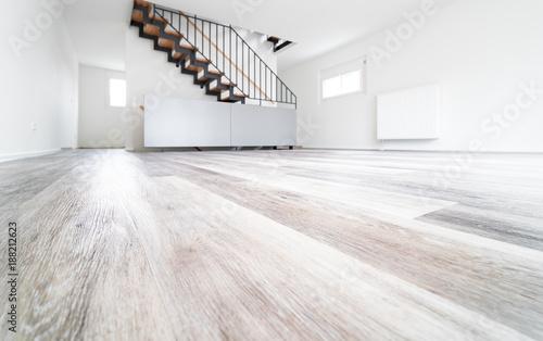 Laminatboden im Wohnzimmer Stockfotos und lizenzfreie Bilder auf Fotoliacom  Bild 188212623