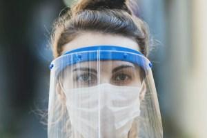 Protección anti COVID-19: Listado de los mejores cubrebocas, caretas y desinfectantes
