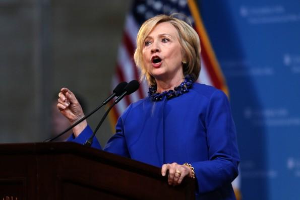 """Hillary Clinton unterzeichnete den """"Children's Internet Safety Presidential Pledge"""" nicht. (Foto: Trevor Collens / Shutterstock.com)"""