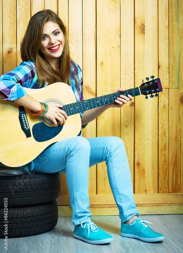 girl musician play on