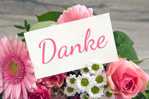 Blumen und Karte Danke Stockfotos und lizenzfreie