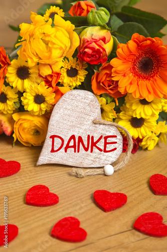 Blumen und Herz Danke Stockfotos und lizenzfreie