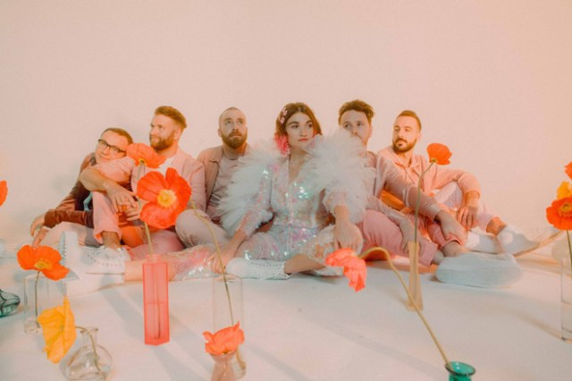 Misterwives - SUPERBLOOM (Album Review) - Cryptic Rock