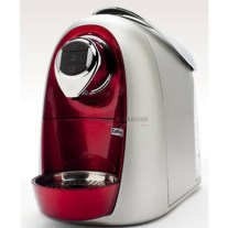 From Italy, the Caffitaly, will amaze you with its interchangeable colored facing (9 different colors) which may be changed at the tip of your fingers. Simple, rapid and efficient, with its patent for the Caffitaly system, it will infuse a perfect authentic Italian espresso as well as a filtered coffee in a few seconds. http://www.taappliance.com/en/catalog/product/168791-Caffitaly-SO4-R-S?searchterm=Red