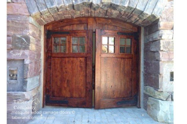 wood garage doors, carriage style wood doors, wood and glass garage doors, garage doors for mountain homes, garage doors custom made,
