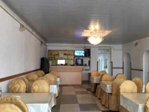 ボコンバエバ村のレストラン店内