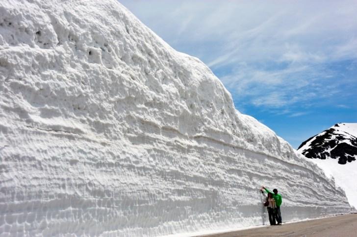 乗鞍スカイライン雪の壁