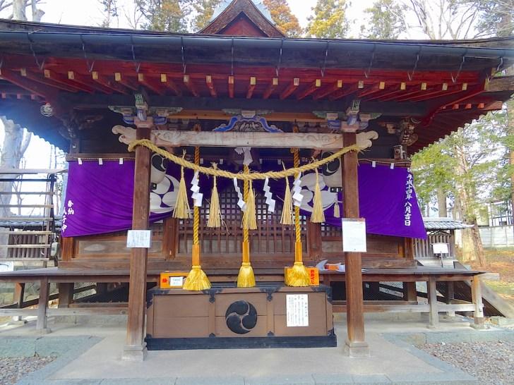 筑摩神社・本殿