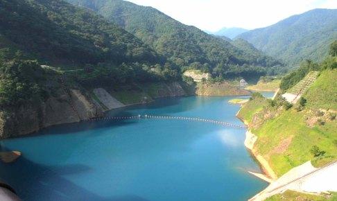 四万川ダム・奥四万湖