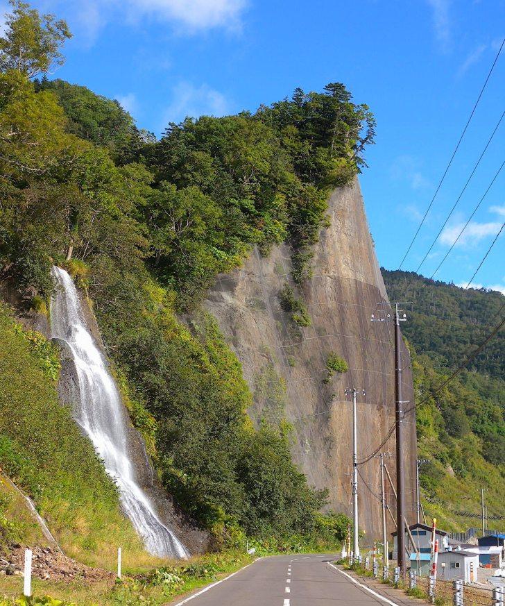 セセキの滝