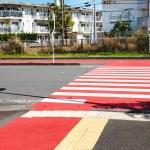 紅白の横断歩道