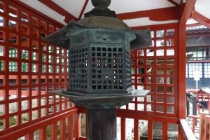 日光二荒山神社・化け灯籠