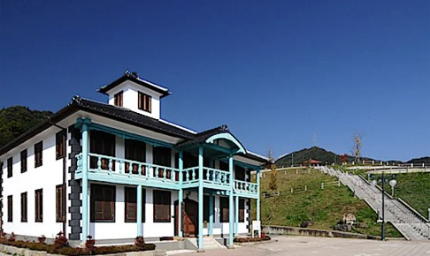 牧丘郷土文化館(旧室伏学校校舎)