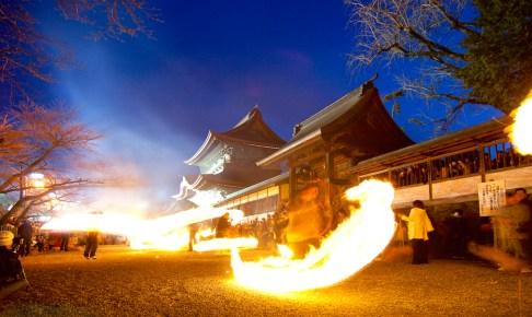阿蘇神社『火振り神事』