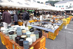 益子春の陶器市
