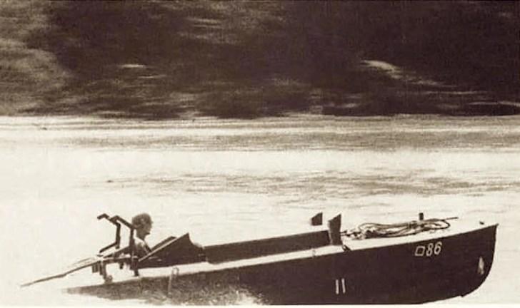 水上特攻艇「震洋」の1号艇