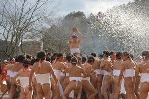裸まつり・天下祭