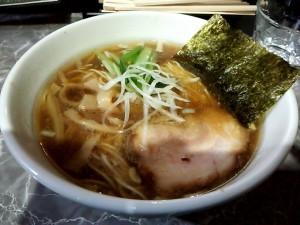 新宿 ラーメン 製麺rabo