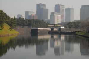 桜田門とビル群