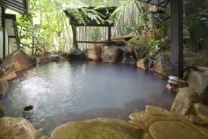 旅館湯本荘露天風呂