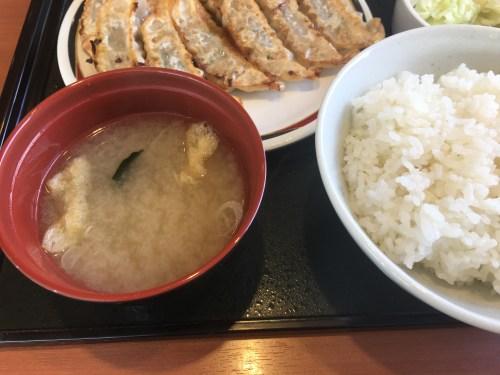 IMG_3587-500x375 札幌 みよしの豊平店のぎょうざ定食+ぎょうざ