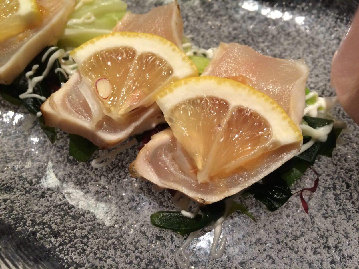 東伊豆町 片瀬温泉 片瀬館「ひいな」さん 特別室 夕食 さわらカルパッチョ