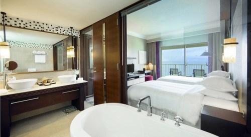 20140821-103-12-guam-hotel