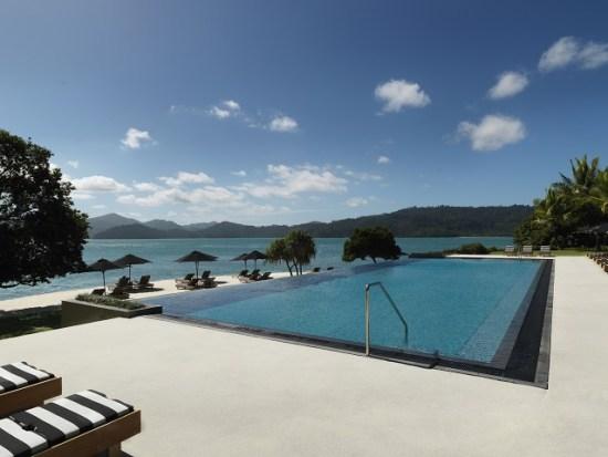 20141008-154-4-hamiltonisland-hotel