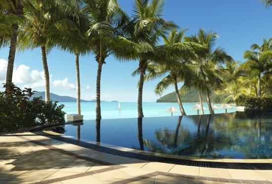 20141008-154-8-hamiltonisland-hotel