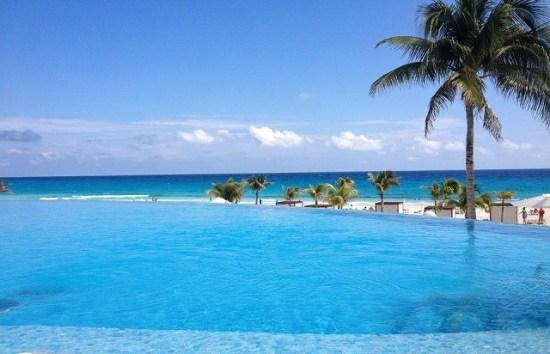 20141031-176-1-cancun-hotel