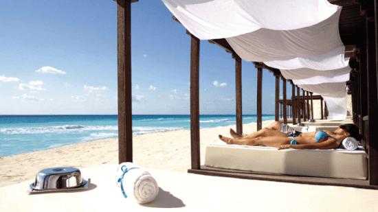 20141031-176-7-cancun-hotel