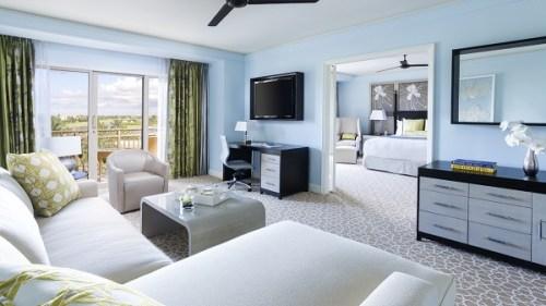 20141213-221-3-grandcayman-hotel