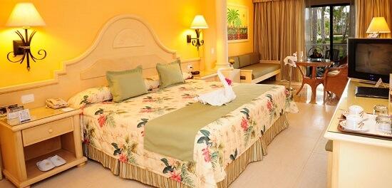20150301-295-8-laromana-hotel