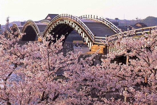 20160322-675-11-japan bridge
