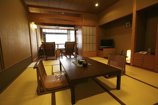 20160603-702-7-shirahamaonsen