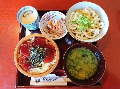 20161015-854-27-okageyokocho-lunch