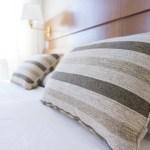 ベッド ホテル クッション