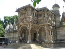 temple jaïn, Hathee Sighn (Ahmedabad). Chercher l'intru! ^^