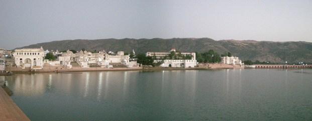 Le lac de Pushkar. Toujours attention aux arnaqueurs!!!