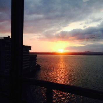 加賀屋 le soleil se couche sur la mer du Japon