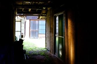 il y a pas mal de maisons abandonnées