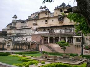 Toujours le Fort, Chitrashala.