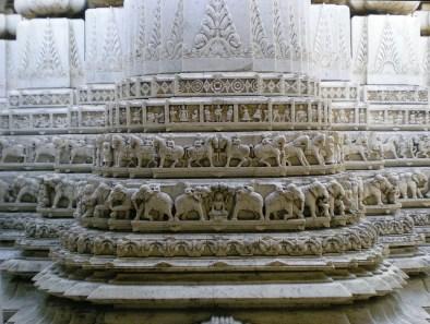 Toujours les temples jaïns (Udaïpur)