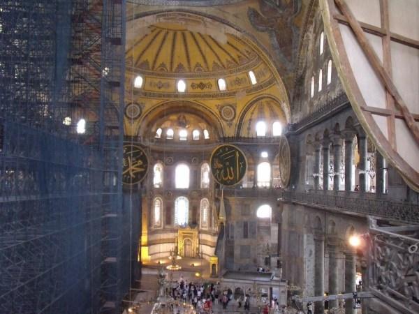 """トルコ イスタンブール モスク""""荘厳なる祈りの空間"""""""